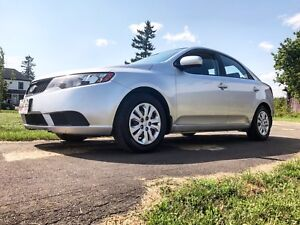 2010 Kia Forte - only 3900$ - super clean