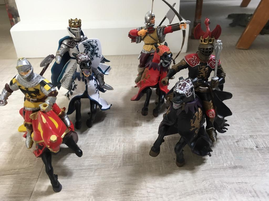 Knights and horses
