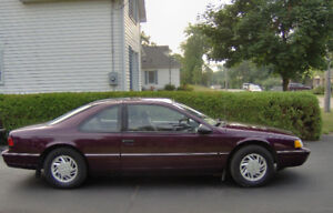 1992 Ford Thunderbird Coupe