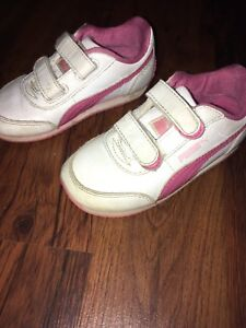 Size 8 Puma sneakers (toddler)