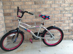 "20"" Monster High Girl's Bike - Great Condition"
