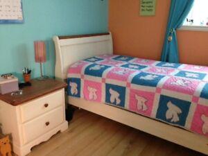 Dresser Nightstand single bed Set