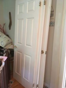 4 white indoor doors for sale | 4 portes interieur a vendre