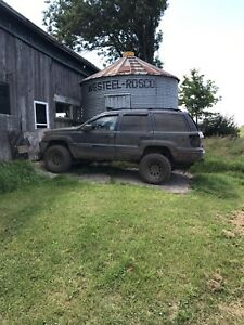 Jeep Grand Cherokee parts or bush truck