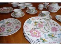 Villeroy & Boch china tea set