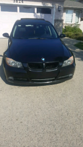 Bmw 325i  perfect condition !