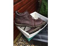 Men's Clarkes boots uk13