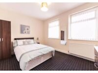 RECENTLY REFURBISHED - CLOSE TO TOWN CENTRE