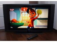 """VERY NICE 32"""" LCD TV, HDMI, built in FREEVIEW, remote ! FULLY WORKING ! EXCELLENT CONDITION !"""