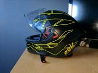 AGV K5 motorcycle Helmet Size L (59-60)