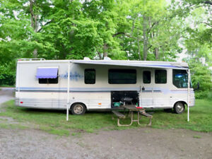 Fully Renovated 34' Winnebago Vectra | 1994 Class A Motorhome