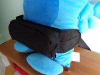 Black travel waist bag