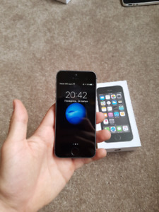 IPHONE 5s 16GB Mint Condition Locked to Koodo