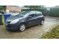 Renault clio 1.6 automatic low miles!