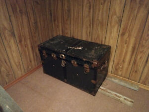 SHIPPING STEAMER TRUNK