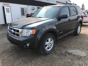 2008 Ford Escape XLT AWD LOW KM's! Fresh Trade $9500!!