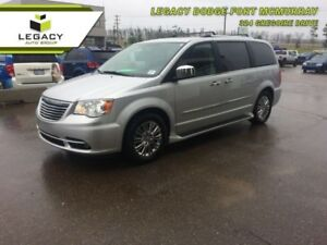 2011 Chrysler Town  Country Limited  DVD, SUNROOF