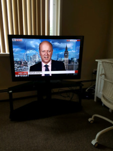 """42"""" tv and stand ...in kelowna ... 150 obo"""
