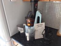 Retro Cold Press Juicer