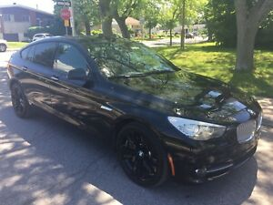 BMW 550xi GT (Grand Turismo) AWD-Navi-Cam-BLACK PACK-RARE!