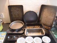 Variety set of baking tins