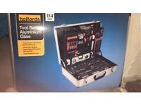 Halford tool set in aluminium case brand new un opend