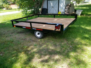 6x8 trailer . Heavy springs .$650. Sold ppu today 8:30pm
