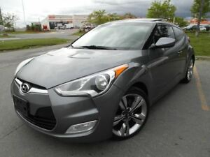 2012 Hyundai Veloster Tech Pkg, Navi, Back up Cam, Glass Roof
