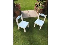 Children's 2 x wooden chairs