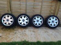 Wheel with tyres and trims for Ford Fiesta