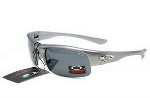 Bottlecap Oakley Sunglasses Silver Chrome Frame Black Lens