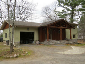 Beautiful Lakeview Crest Cottage near Parry Sound!