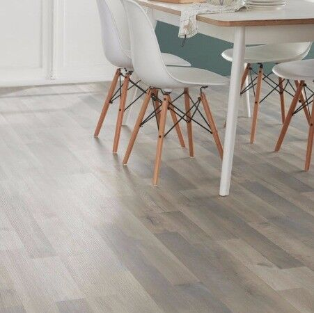 Addington Grey Oak Effect Laminate Flooring 1996 M²