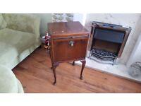 Vintage Retro Bedside Cabinet Bathroom Cabinet Side Table Cocktail Cabinet Queen Anne Legs