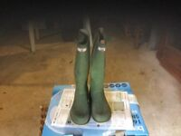 Hunter green Wellington boots size 8 second hand but lightly used