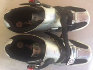 Ladies cycling shoes size 39 excellent shape, little use