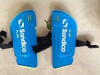 Sondico flair shin pads for sale