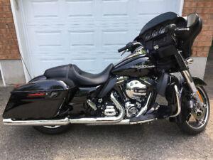 2014 Harley Davidson Street Glide FLHX