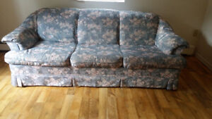 Comfortable 3 seat couch