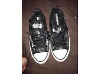 ladies/girls converse sequin trainers size 5