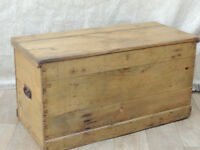 Victorian wooden unique trunk chest / blanket storage (Delivery)