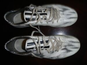 Adidas Soccer Shoes Size 8