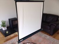 SLIDE PROJECTOR SCREEN - (PROJECTOR ALSO AVAILABLE)