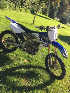 Yamaha YZF 250 Dirt bike great deal!!