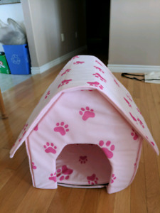 Dog house for small to medium dog