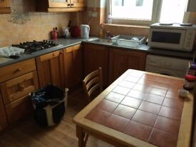 **TWIN ROOM in BETHNAL GREEN available NOW (1bed)