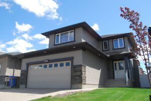 4 Bed, 4 Bed Executive 2 Storey in the Lakeridge Addition