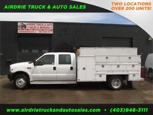 2004 Ford Super Duty F-450 DRW  SERVICE BODY