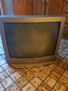 TV 27 Pouces, Télécommande Original incluse 10$