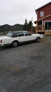 1980 Lincoln Contennetial
